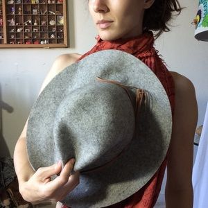 Madewell Accessories - Grey Rock Star Wool Hat wise Brim